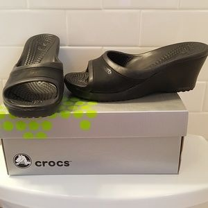 Black Crocs Wedges